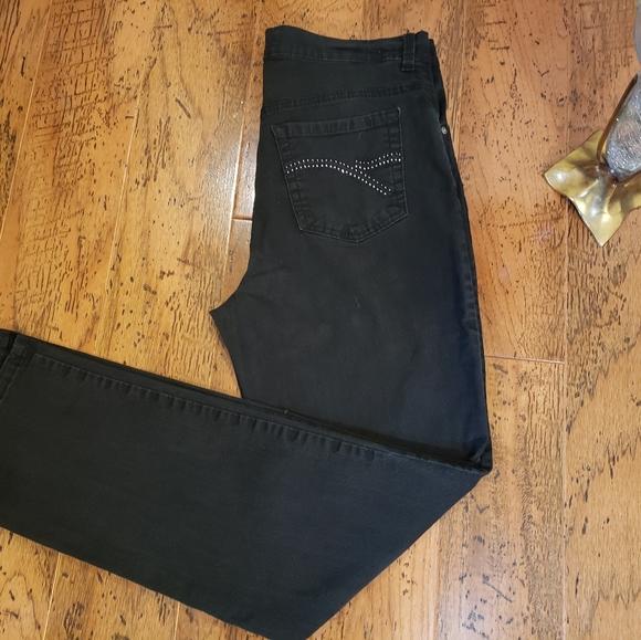 Gloria Vanderbilt Denim - 2 for 20 Gloria Vanderbilt Black Jeans